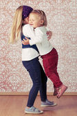 两个爱姐妹 — 图库照片