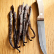 Vanilla pods with knife - 