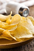 Crispy potato chips — Stock Photo