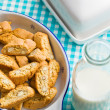 Cantuccini cookies on kitchen table — Stockfoto