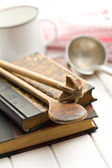 Recipe book with old kitchenware — Stock Photo