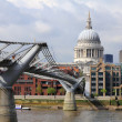 Millennium bridge London — Stock Photo