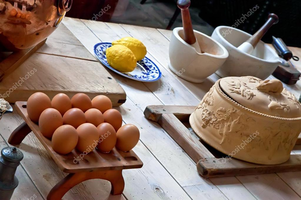 Old manor house kitchen and food preperation — Stock Photo #12099385