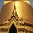 Golden Buddhist temple gable — Stock Photo #38032745