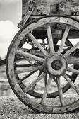 旧马车车轮 — 图库照片