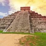 Kukulkan piramidy w chichen itza — Zdjęcie stockowe