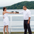 Bride and groom trying to kill each other — ストック写真