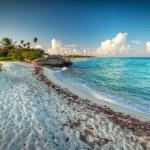 Idyllic beach of Caribbean Sea in Playa del Carmen — Stock Photo