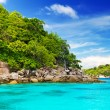Idyllic bay on Similislands — Foto de stock #16323793