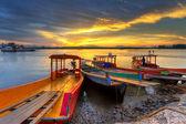 Lever du soleil à la rivière de koh kho khao — Photo