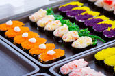 Sushi colorido no mercado na tailândia — Foto Stock