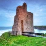 Ruins of Ballybunion castle on the coast — Stock Photo