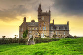 Classiebawn Castle on Mullaghmore Head at sunset — Stock Photo