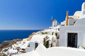 Windmill of Oia village on Santorini — Stock Photo