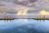 Idyllic sky reflected in the water — Stock Photo