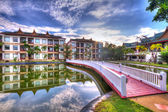 Oriental architecture reflected in the pond — Stock Photo