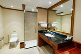 Bathroom interior of Andaman Princess Resort & SPA — Stock Photo