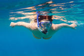Snorkeling in the Andaman sea — Stock Photo