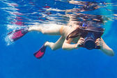 Young women at snorkeling in the Andaman sea — Stock Photo