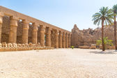Ancient architecture of Karnak temple in Luxor — Stock Photo