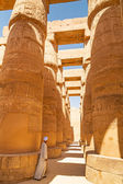 Ancient architecture of Karnak temple — Stock Photo