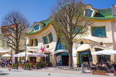 Crooked house on the Monte Cassino street in Sopot — Stock Photo