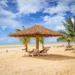 Tropical beach scenery — Stock Photo