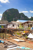 Koh Panyee settlement built on stilts of Phang Nga Bay — Stock Photo
