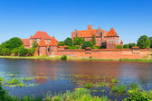 Malbork castle in summer scenery — Stock Photo