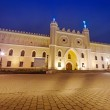 Medieval royal castle in Lublin at night — Stock Photo #29789405