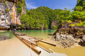 Bamboo raft in the Phang Nga bay — Stock Photo