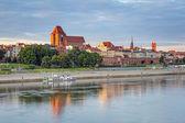 Torun old town reflected in Vistula river — Stock Photo
