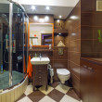 Modern brown and beige bathroom — Stock Photo