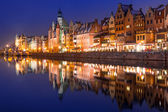 Old town of Gdansk at night — 图库照片