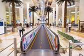 Interiören i terminal 3 på Dubais internationella flygplats — Stockfoto