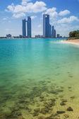 Panorama de abu dhabi, emirados árabes unidos — Foto Stock