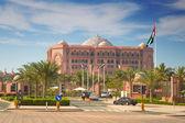 Emirates palace hotel v abu dhabi, spojené arabské emiráty — Stock fotografie