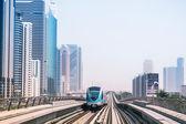 在迪拜地铁线 — 图库照片