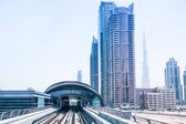 Metro line in Dubai — Stockfoto