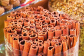 Cinnamon sticks on the market — Stock Photo