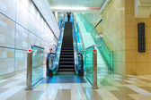 Escalator in Dubai metro — Stock Photo