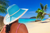 Relaxing on tropical holidays at the sea — Foto Stock
