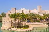 Architecture of Madinat Jumeirah resort in Dubai — Stockfoto