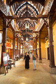 People in Madinat Jumeirah souk in Dubai — Stock Photo