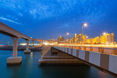Bridge to the Palm Jumeirah island in Dubai — Stock Photo