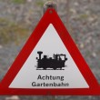Warning sign garden railway — Stock fotografie
