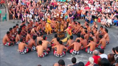Balinese Kecak dance also known as Ramayana Monkey Chant, Bali — Stock Video