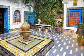 Courtyard at Sidi Bou Said, Tunis, Tunisia — Stock Photo
