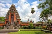 Main entrance to Taman Ayun Temple, Bali, Indonesia — Stock Photo