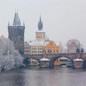 Snow Charles bridge in Prague — Stock Photo